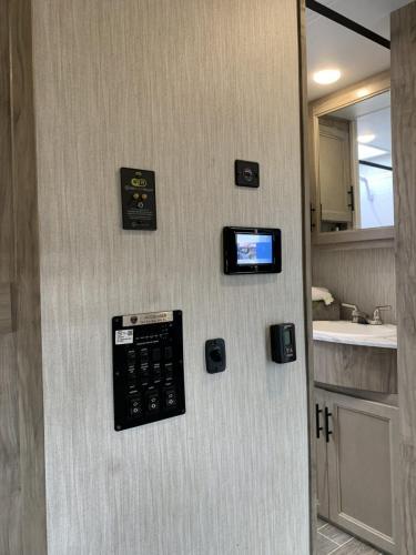 965 control panel