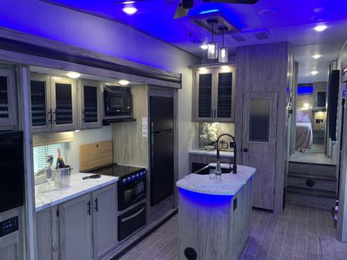 965 kitchen LED