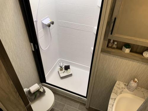 965 shower room